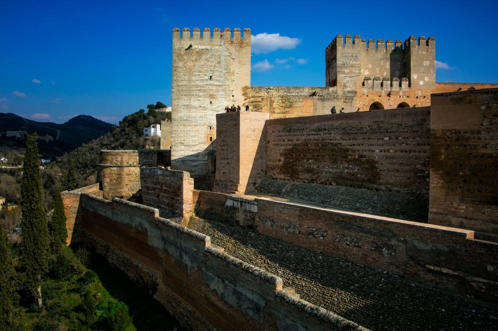 a Granada 16