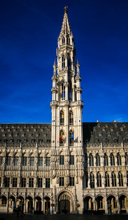 b Brussels b